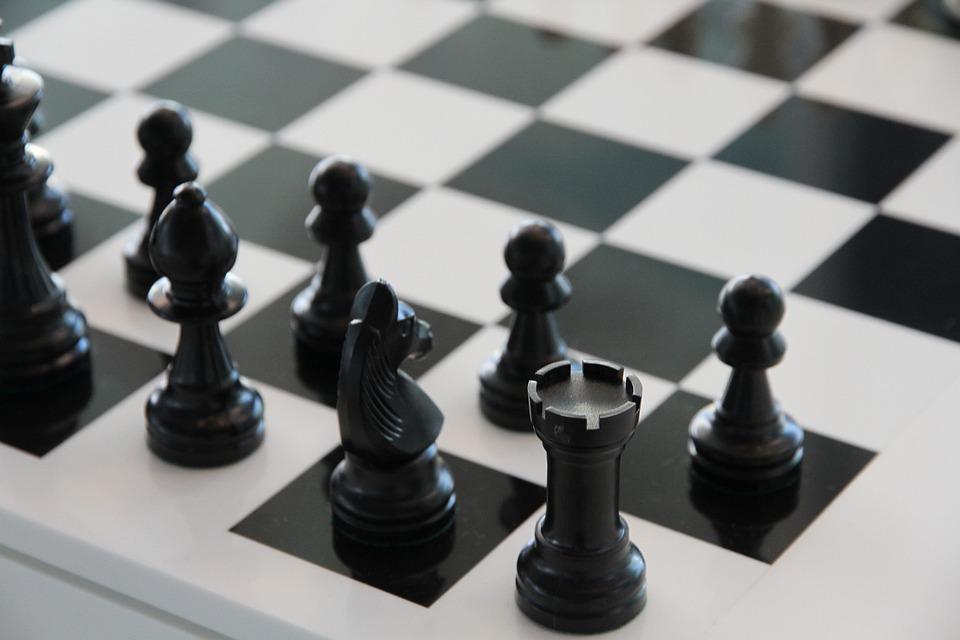 Zahrajte si šach
