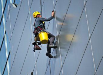 Pomôžeme vám s údržbou menej dostupných miest vo výškach