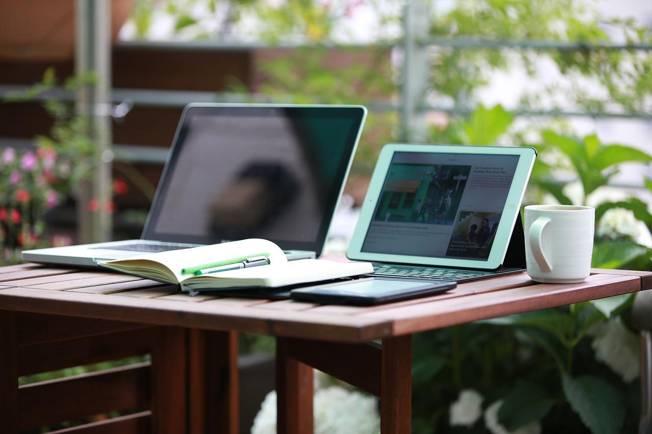 Lacné počítače – vzdelávajte sa šikovne a bez veľkých nákladov